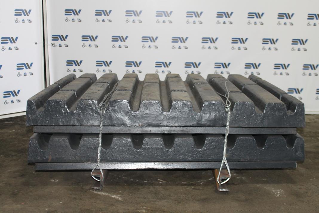 Комплект подвижных плит для дробилки С125 (2)