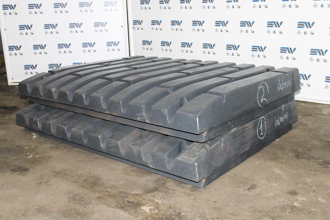 Комплект подвижных плит для дробилки С140
