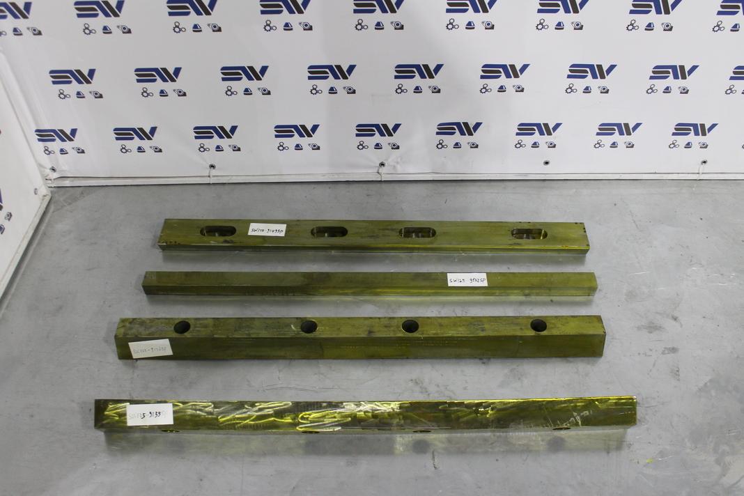 Крепеж неподвижных подвижных плит и опора распорной плиты для дробилки С125