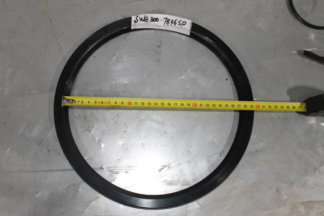 Маслоуплотнительное кольцо для дробилки GP300
